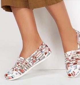 skechers memory foam shoes canada