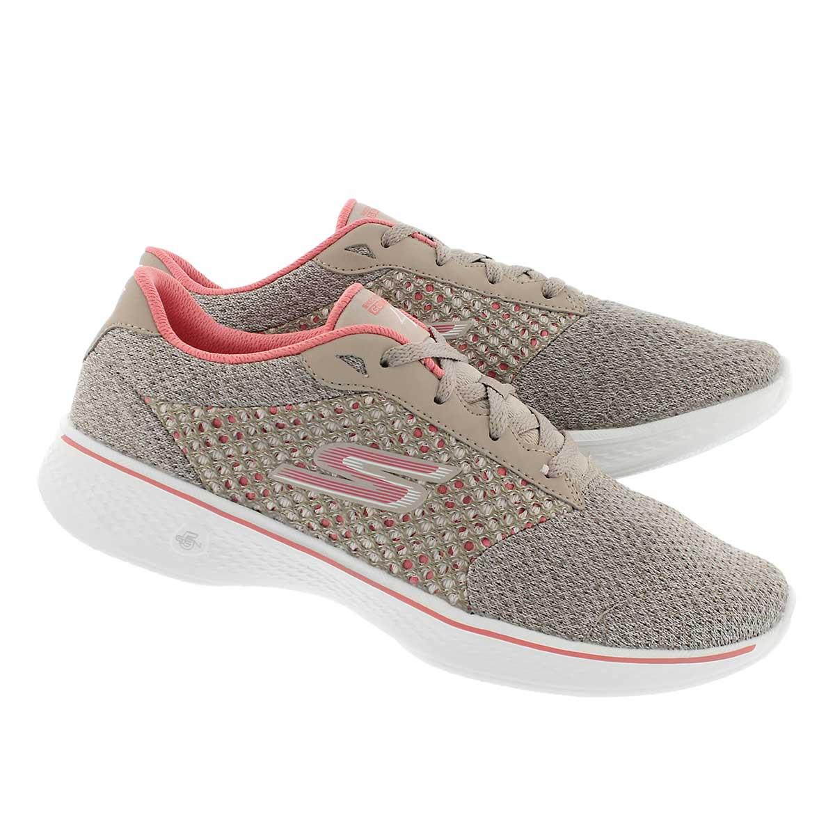 Lds GO Walk 4 Exceed tpe/pk lace up shoe