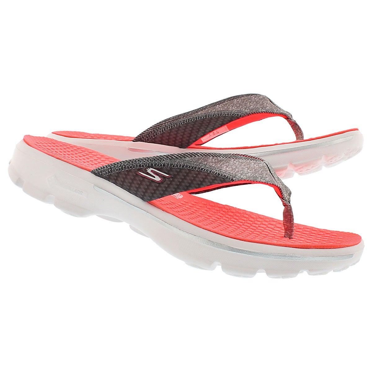 Lds Pizazz hot pink thong sandal