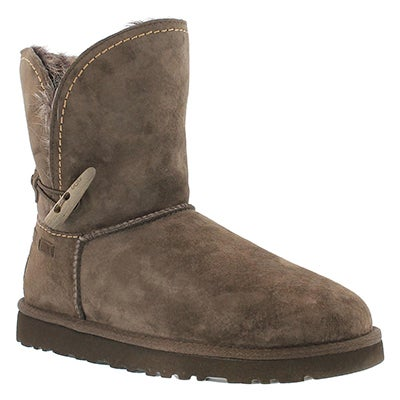 UGG Australia Women's MEADOW chocolate sheepskin short boots