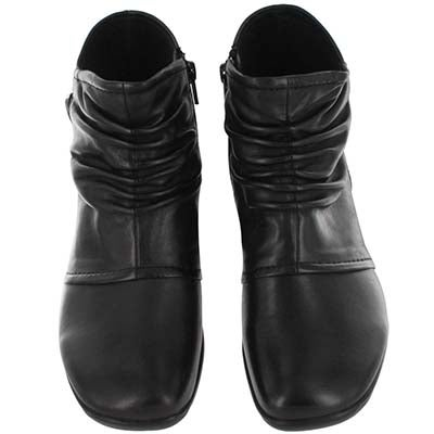 SoftMoc Women's BAILEY black dress boots