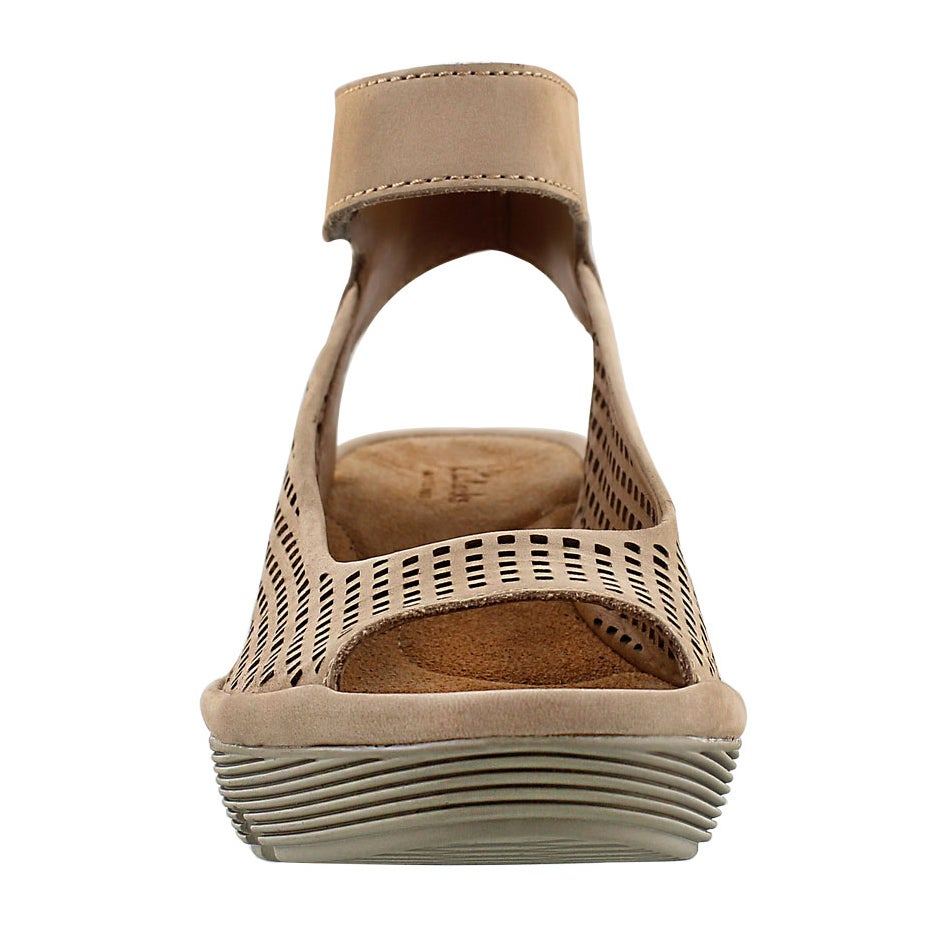 Lds Clarene Prima tan dress wedge