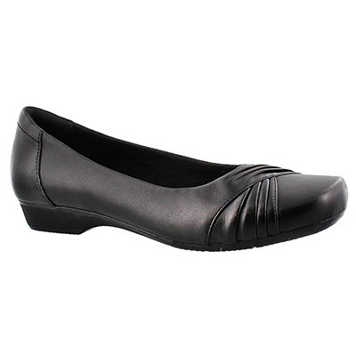 Clarks Women's BLANCHE CAM black slip on dress shoes