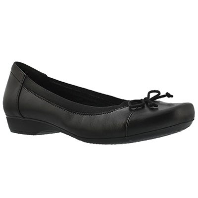 Clarks Women's BLANCHE NORA black dress flat - Wide