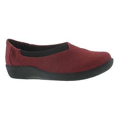 Clarks Women's SILLIAN JETAY cherry casual slip ons