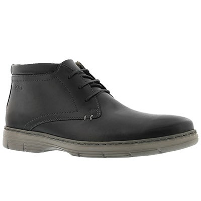 Clarks Men's WATTS MID black chukka boots