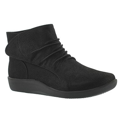 Clarks Women's SILLIAN CHELL black ankle boots