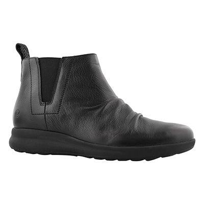 Lds Un Adorn Mid blk leather ankle boot