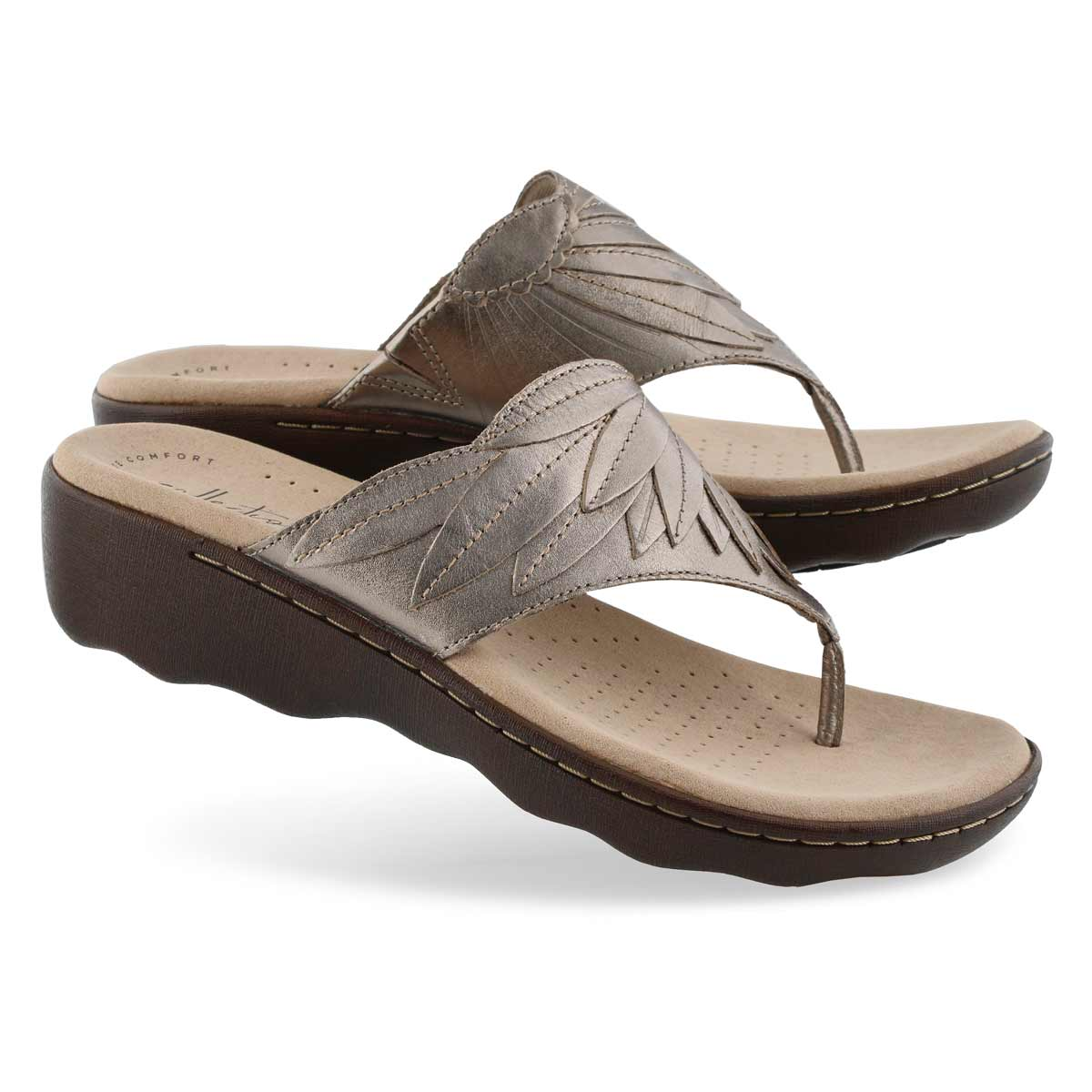 Clarks Women S Phebe Pearl Pewter Wedge Thong Softmoc Com