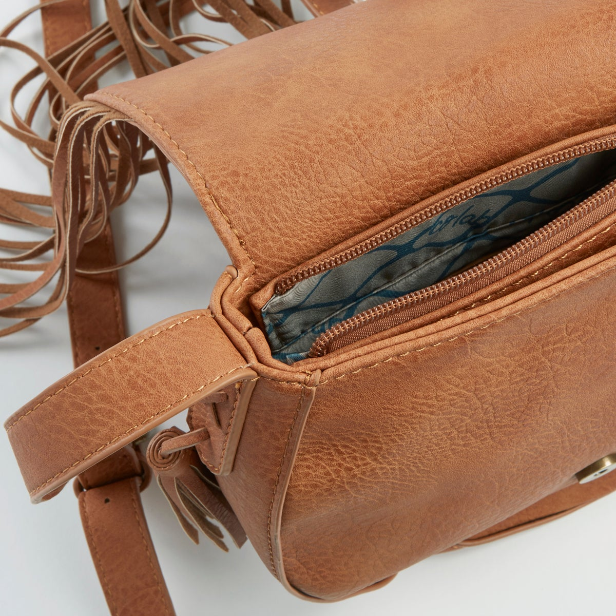 Lds Fringe Frenzy camel cross body bag