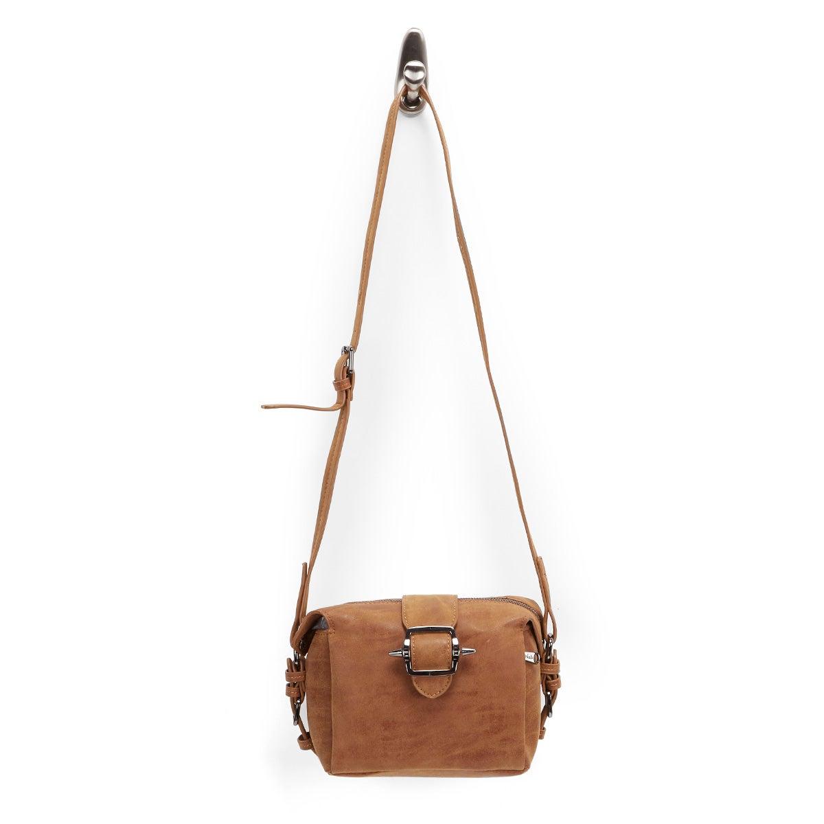 Lds camel buckle cross body bag