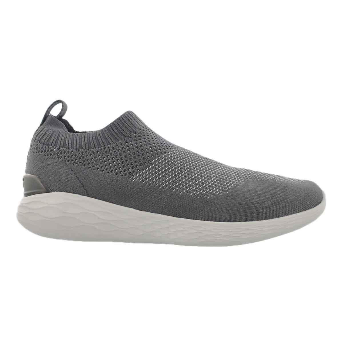 Mns GO Strike charcoal slip on shoe
