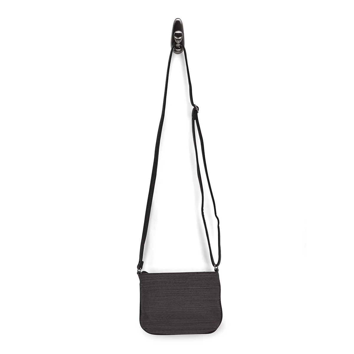 Lds black crossbody bag