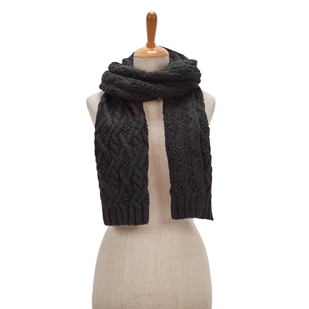 Women's CABLE KNIT black scarf