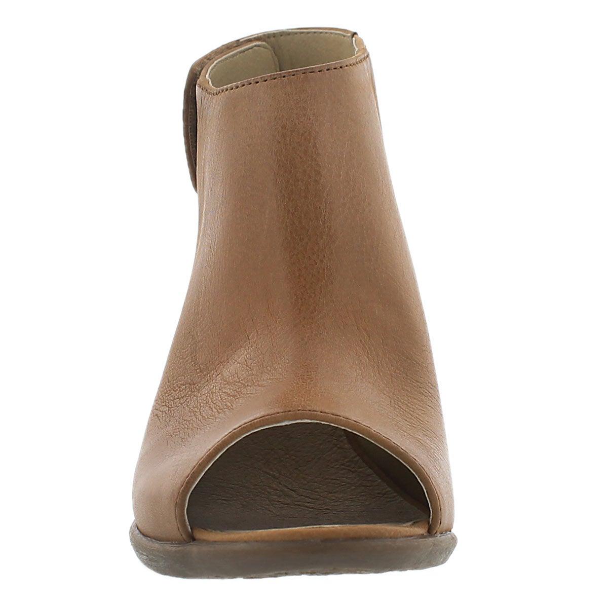 Lds Bonnie 09 brass peep toe heel