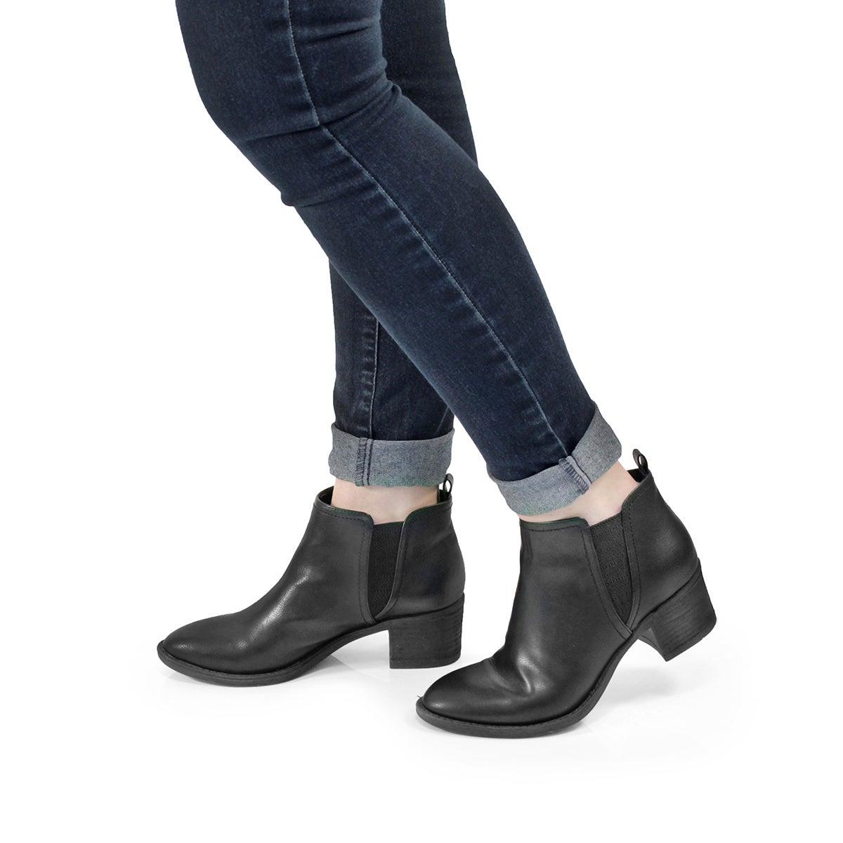 Lds Bitsy black slip on ankle boot