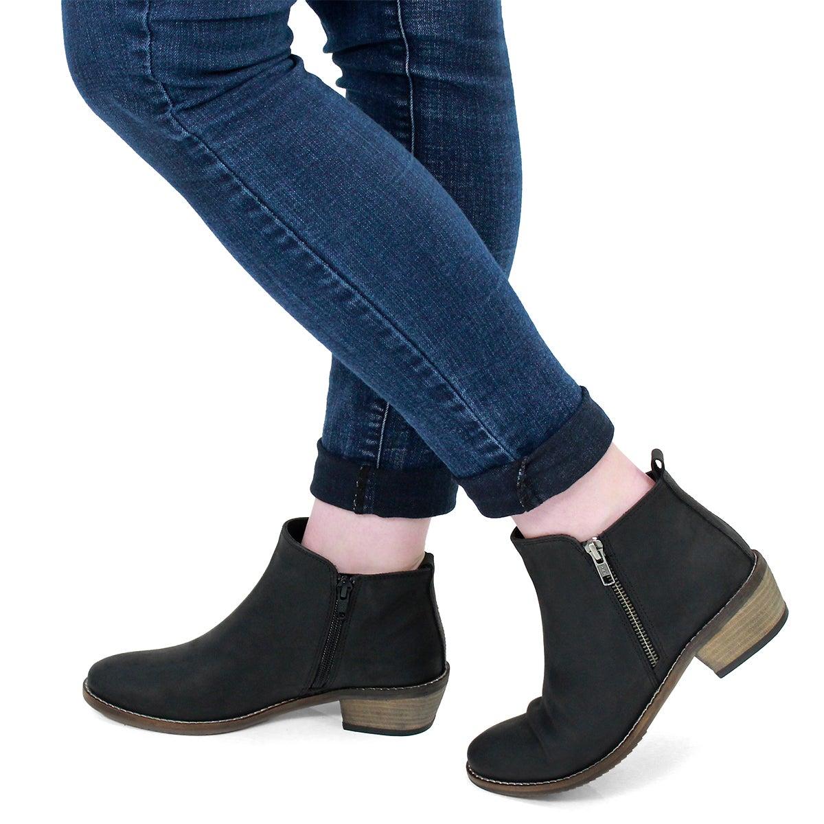 Lds Darcy black side zip bootie