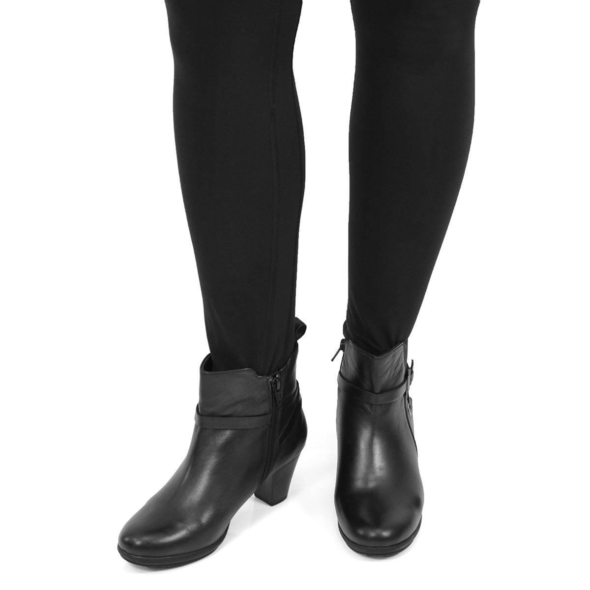 Lds Delicia black dress bootie