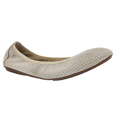 Hush Puppies Women's CHASTE BALLET off-white embossed flats
