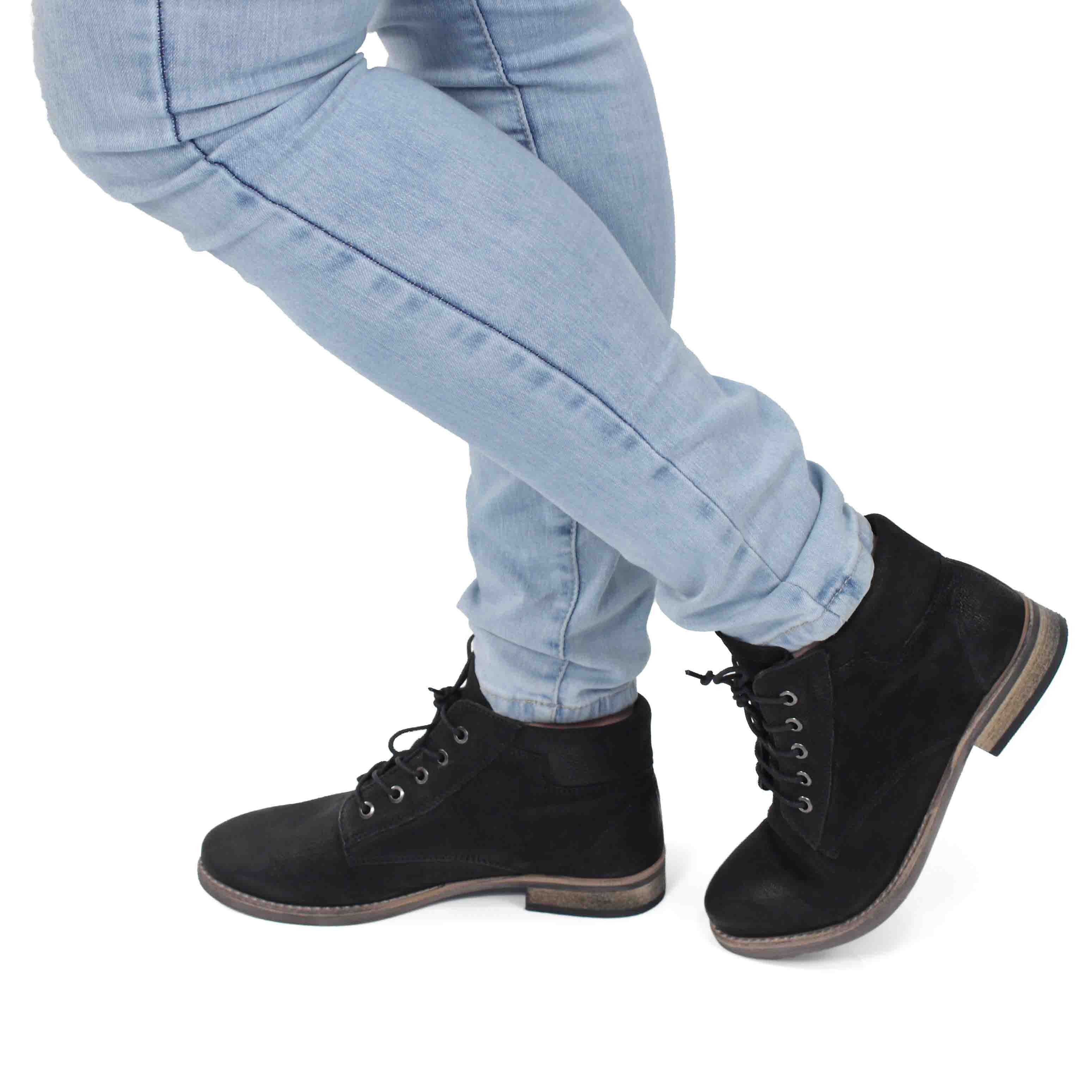 Maddison Womens Lois Lace Up Booties