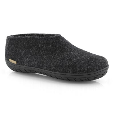 Lds Model AR black closed back slippers