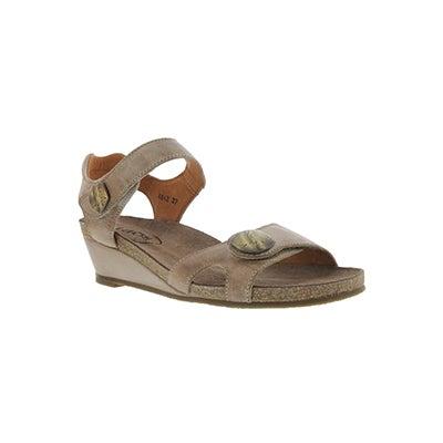 Lds Momentum taupe wedge dress sandal