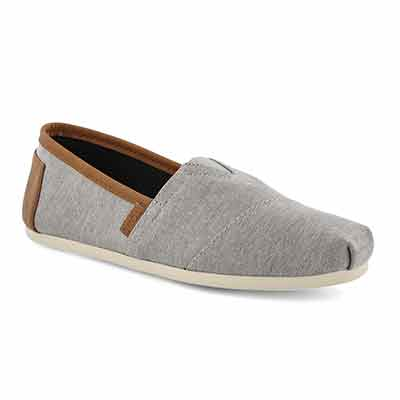 52ebe1b154b Buy Shoes Online or at 125 Stores across Canada