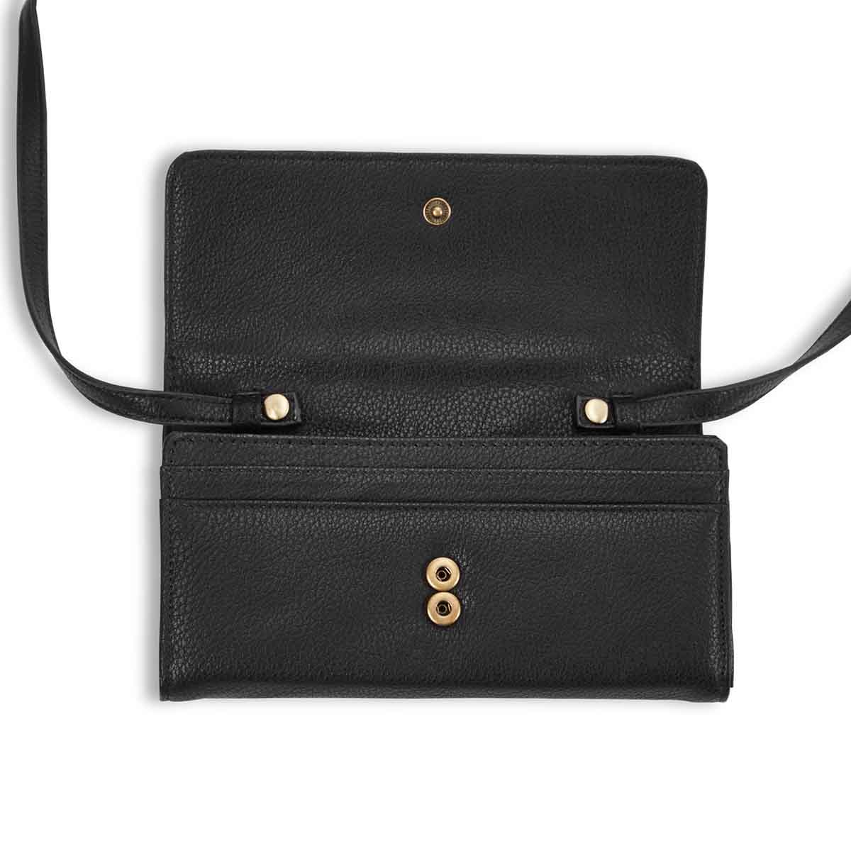 Lds Valley Collection black wristlet