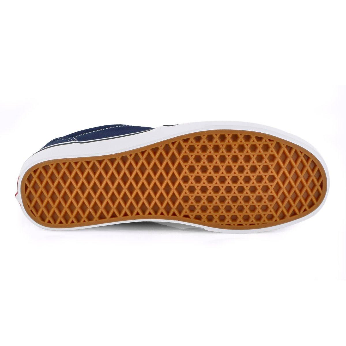 Vans/' Men/'s Atwood Corduroy Lace Up Sneaker
