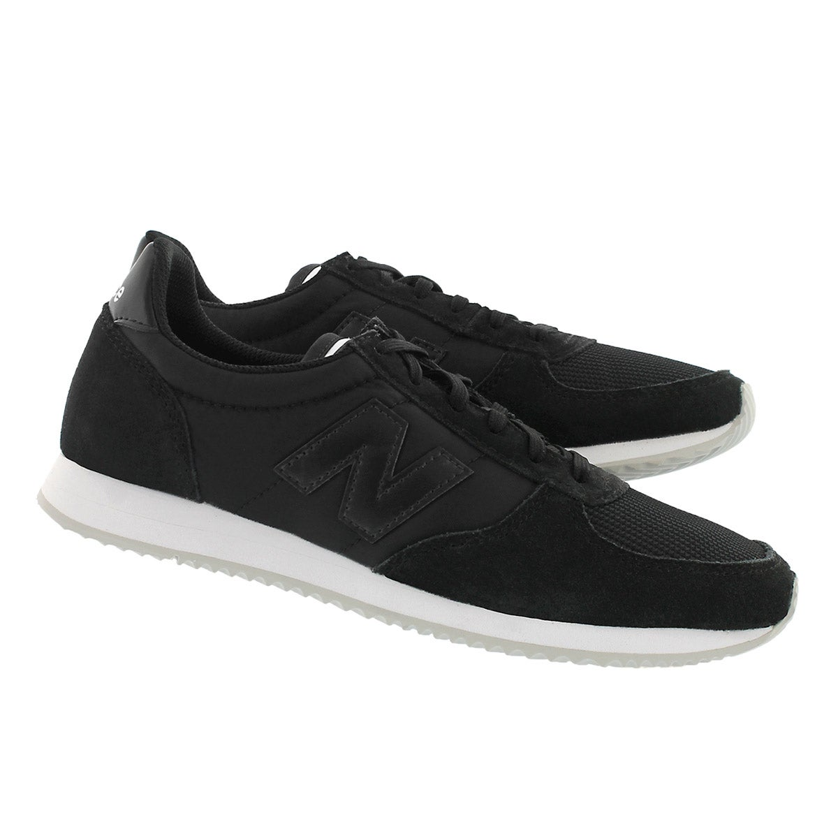 Lds 220 black lace up sneaker