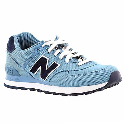 New Balance Women's 574 blue lace-up sneakers