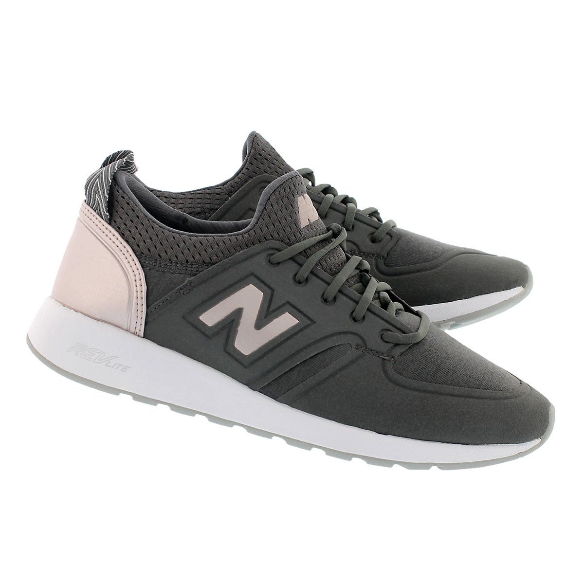 Lds 420 mgnt/champ mtlc lace up sneaker