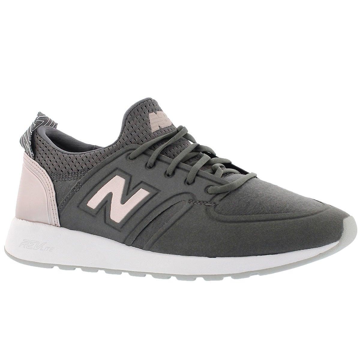 Women's 420 magenta/champ metallic laceup sneakers