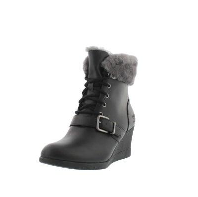 89bc3701346 UGG Australia Women s JANNEY black fur cuff w