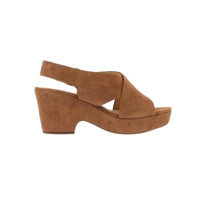 04514ca1946 Clarks Women s MARITSA LARA tan dress sandal