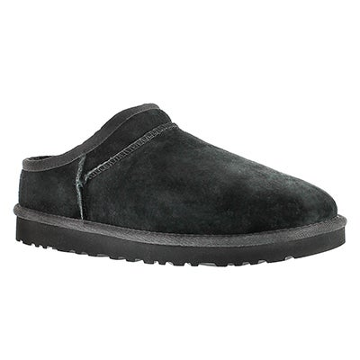 UGG Australia Women's CLASSIC black sheepskin slippers