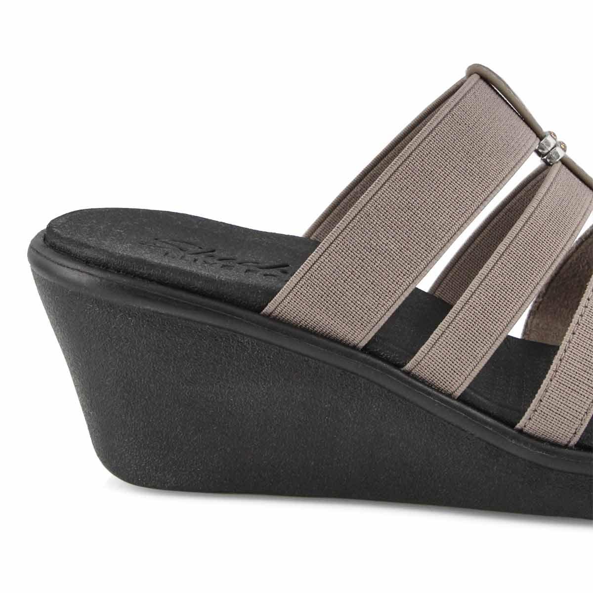 Women's Rumble On Sandal - Dark Taupe