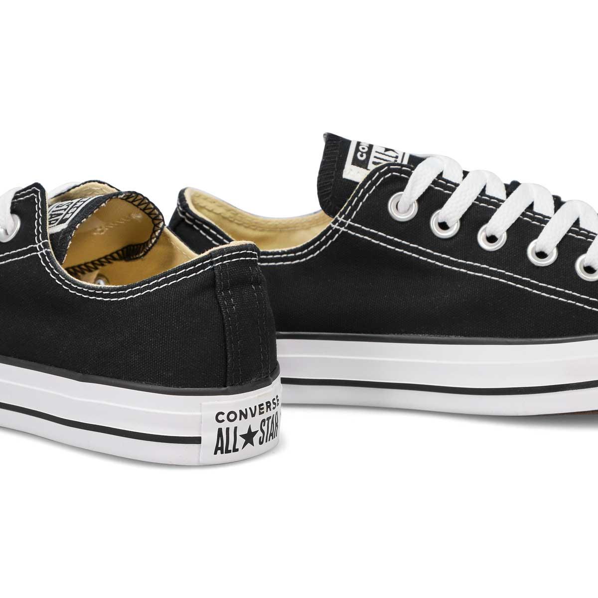 Women's Chuck Taylor All Star Sneaker - Black