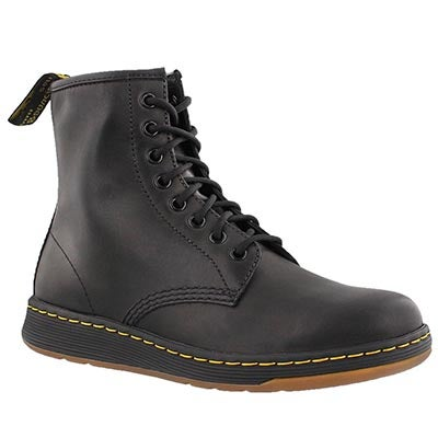 Mns Newton black 8 eye combat boot