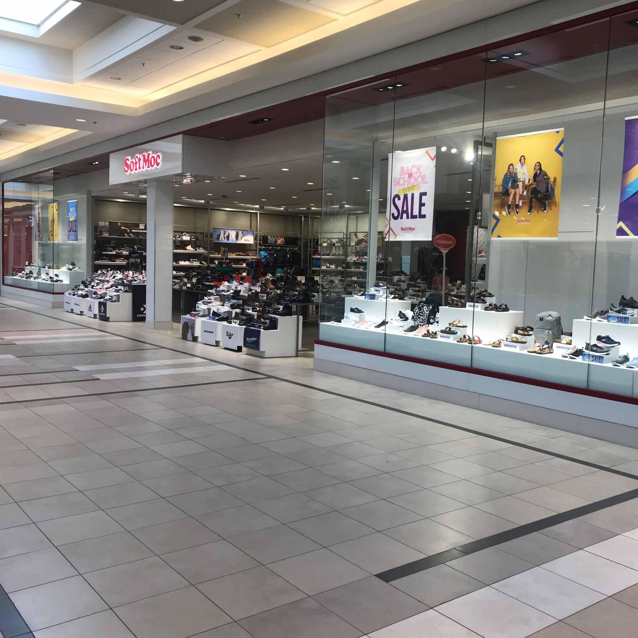 SoftMoc Regent Mall